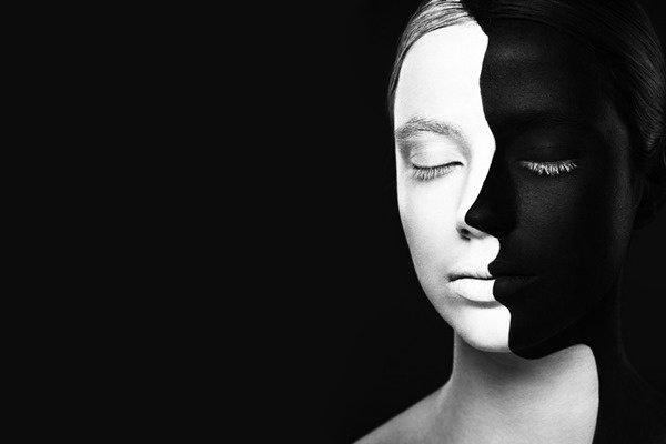 Pour y trouver noires ou blanches vérités