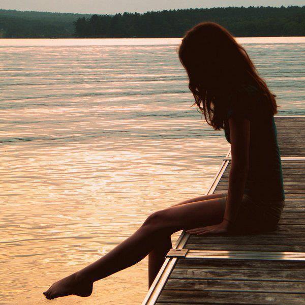 Me rappelle encore quand toi et moi c'était nous. Quand lui et toi c'était rien...