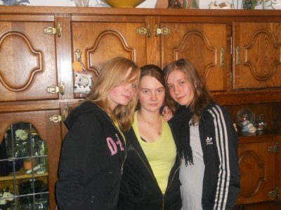 moi, caro et ma grand soeur