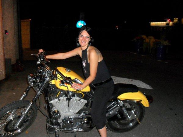 moi trop belle toffff avec la moto