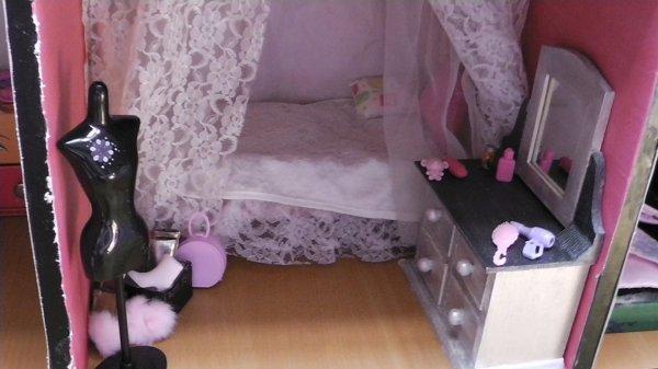 Ma DollHouse Terminée !!