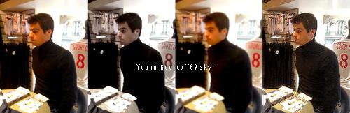 Yoann Gourcuff lors de sa séance de dédicace : 26/11/2014.