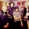 ................................................................................................................................................................................................................................................................ One Direction [Suite...]  ♫