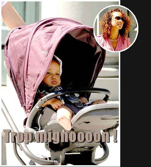 Candids : Alicia Keys accompagné du plus beau des bébé , son fils Egypt , se promène dans les rues de New York .