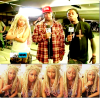 Nicki Minaj : Sur le set de Y.U. Mad ( Son en featuring avec Birdman ) elle nous fait découvrir l'alter ego féminin de Lil Wayne dit Weezy ! Il suffit de dreadlocks blond et rose, d'une tenue militaire, d'une paire d'Adidas nounours trop mignonne, d'avoir une voix de shooter et le tour est joué !