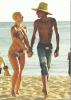 Wiz Khalifa : Pour les 29 ans d'Amber Rose, sa chérie, il l'a invité à Honolulu ( Hawaii ) où il est actuellement en concert dans le cadre de sa tournée Rolling Papers Tour !