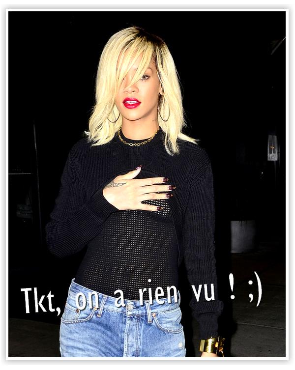 Rihanna : A la sortie du restaurant italien, Da Sivlavno, à New York, elle a créer la stupeur dans son haut transparent laissant paraître tous ses seins, pour le plus grand bonheur des hommes présent et des paparazzis qui n'en n'ont pas rater une miette !
