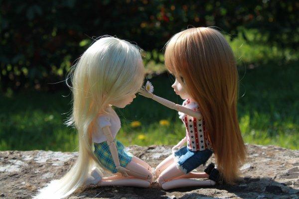 Les filles sont jolies dès que le printemps est là (2)