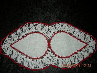 blanc et rouge dimension 60 cm sur 30 cm