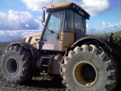Ensilage de maïs 2010 - ETA LAMONT-COLIN (suite)