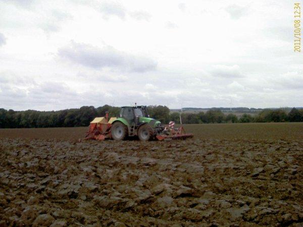 Semis blé 8 octobre 2011 (2ème partie)