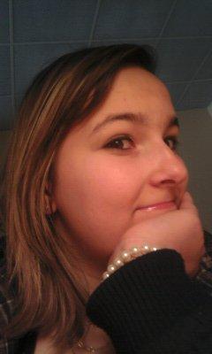 Elodiie ~~ 16 ans ~~ 27/04/1994 ~~ Céliibataire ~~ & Pis c'est tout
