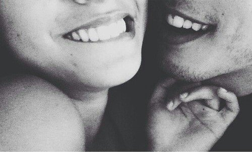 Les amours finissent un jour, les amants ne s'aiment qu'un temps. Mais nous deux, c'était différent, on aurait pu s'aimer longtemps, longtemps, longtemps.