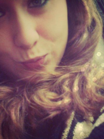 » • Faux Sourrir ♥ «