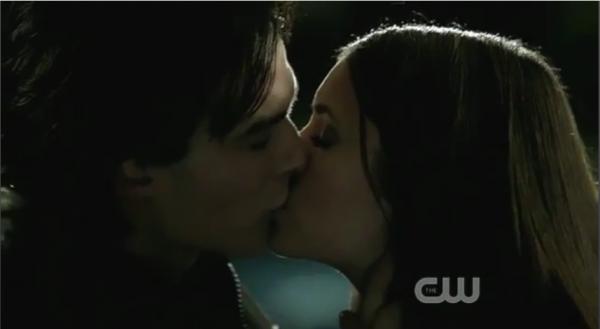 Damon && Elena Kisss Saison 3
