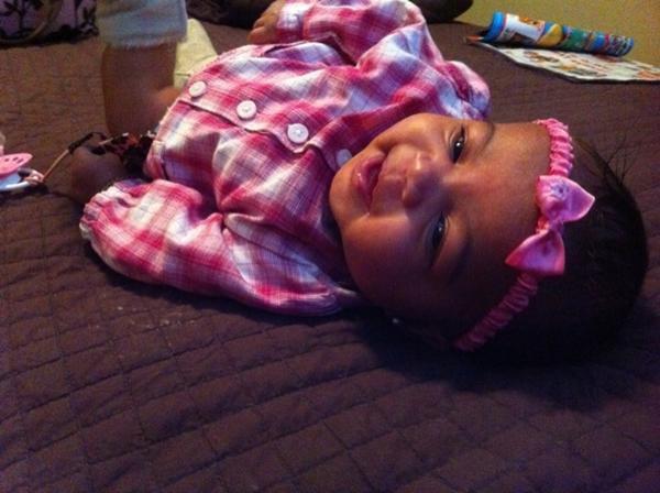 Angela (la niece de Blake, India et Morgan Westbrooks)