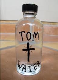 L'eau où Tom Cruise s'est baigné en vente sur Ebay!