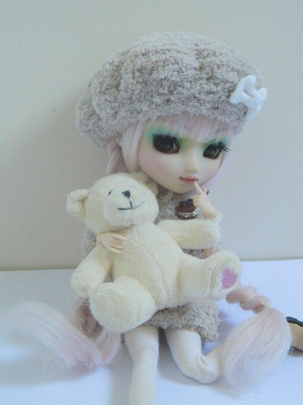 Nouvelle séance avec une nouvelle tenue pour Kimiko!