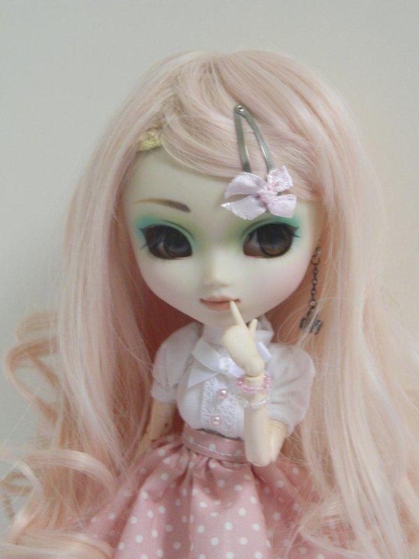 Nouveau look pour ma petite Kimiko!