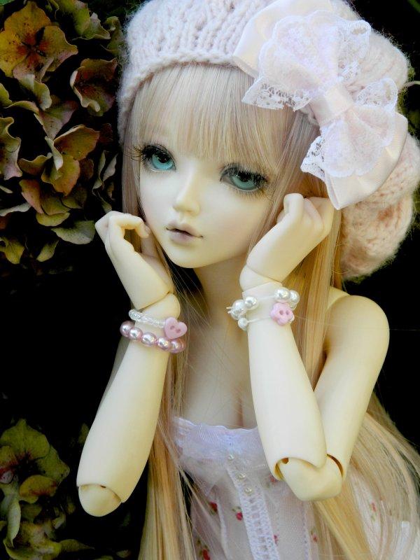 Pretty girl in flowers…