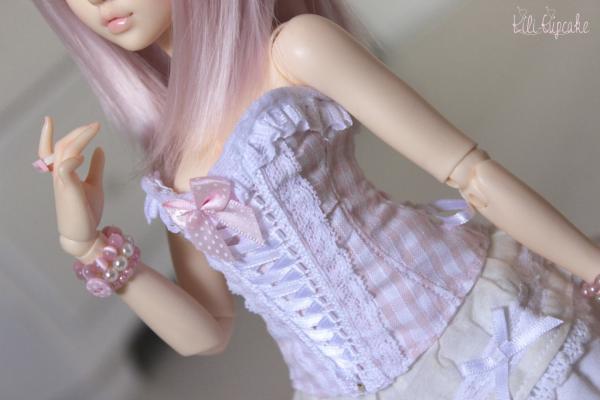 Nouveau corset pour Minifee!