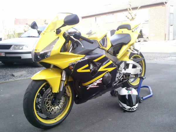 ****ma nouvel moto ***