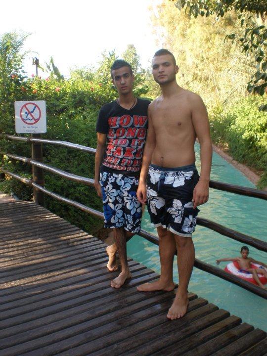***۩۞۩๑ஐ▒░░--●● ♥estoy y mi amigo en el waziriya*** !! ♥ ●