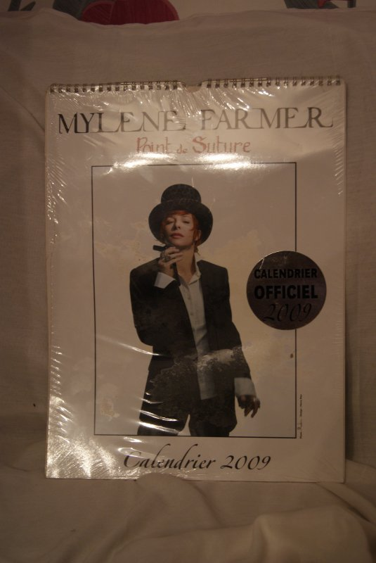 VENTE DE LA COLLECTIONS DE MYLENE FARMER /SUITE 9
