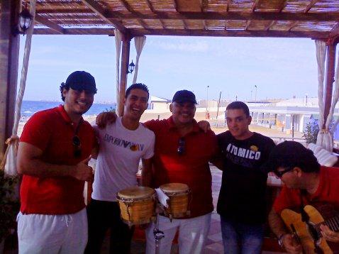 hamza et moi avec les musicien de nautulis