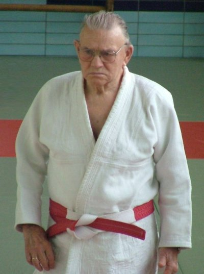 d76c173f3581 Une nouvelle ceinture Rouge 9 ème Dan à la Fédération Francophone Belge de  Judo.