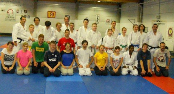 La Cellule Pédagogique organise des cours de Judo Show pour la saison 2013-2014...