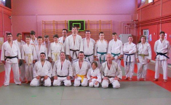 """Visite des clubs dans le cadre de la """"tournée"""" des clubs avoisinants... Le Judo-Club Chiévrois....."""