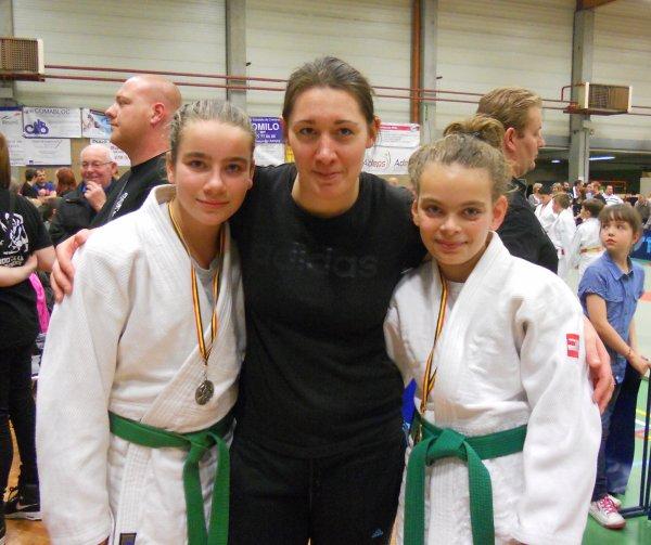 Les trois grosses du club au Tournoi du Judo Club Quevaucamps 2014 de Basècles...