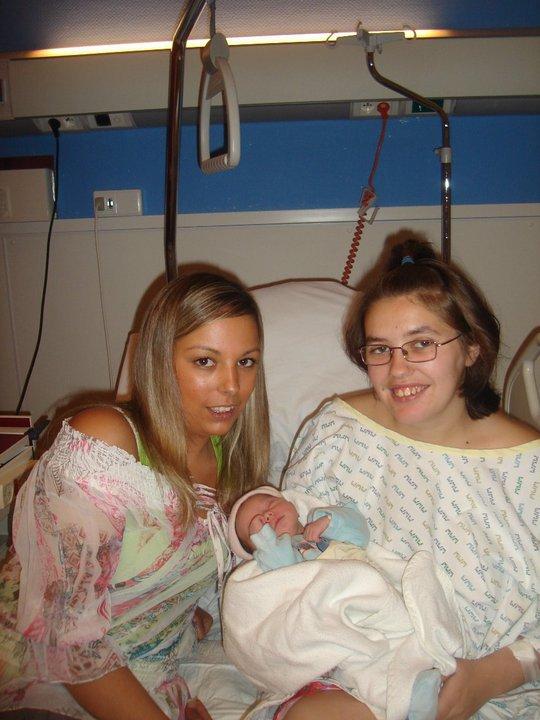 ma cousine nadia, mélina ma fille et moi