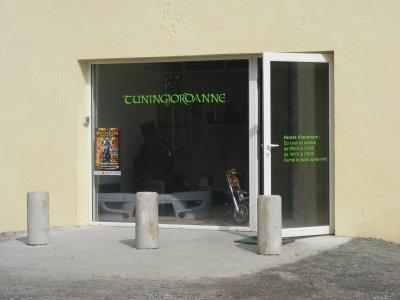 un nouveau magasin de tuning sur albi blog de tuningjordanne. Black Bedroom Furniture Sets. Home Design Ideas