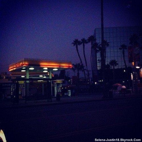 INSTAGRAM JUSTIN.B                                     --                                                   Justin a posté une nouvelle photo sur son instagram.
