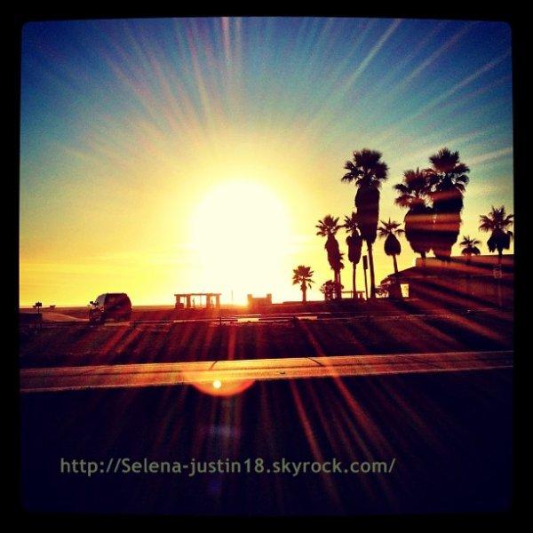 Instagram                                   Justin a posté de news photos sur son instagram.