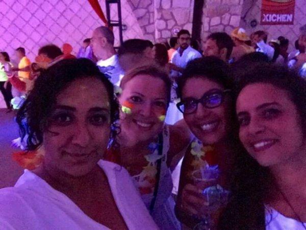 Samba team -  Puerto Morelos - Neon Party @Xcaret