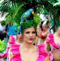 Un peu d'histoire à propos du carnaval Un poca historia a propósito del carnaval