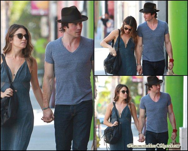 Ce 6 septembre Ian et NIkki ont été vus dans les rues de L.A se tenant la main .