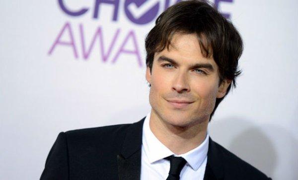 Ian nominé pour les People's Choice Award .