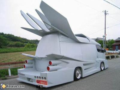 le camion du futur les voiture c 39 est d 39 la balle. Black Bedroom Furniture Sets. Home Design Ideas