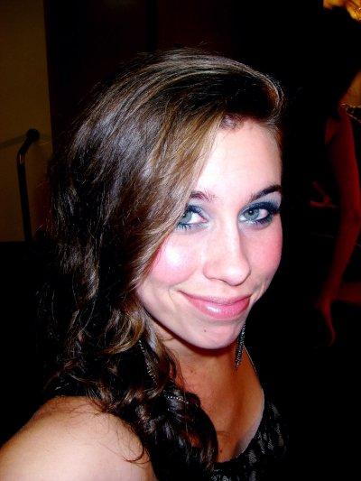 Christina Lynne Cimorelli ------  21 years old :)