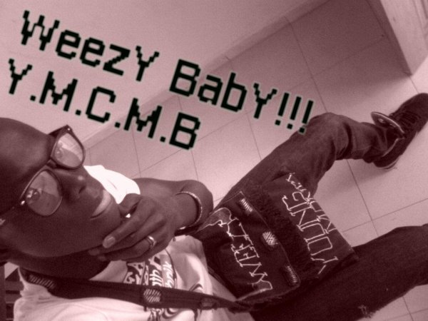 Liil TùneChii SwaGg BoOy!!!