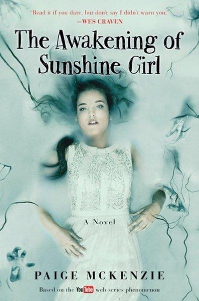 PRÉSENTATION : SUNSHINE T.1 - SUNSHINE de Paige McKenzie