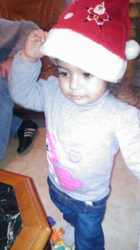ma fille avec le bonné noel