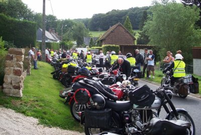 TOUR DE FRANCE DES MOTOS ANCIENNES