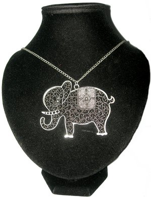 Les nouveaux Colliers VINTAGE elephant