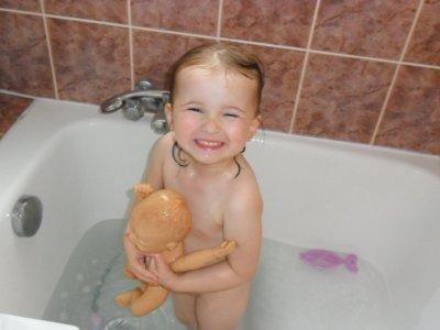 Mélody dans son bain