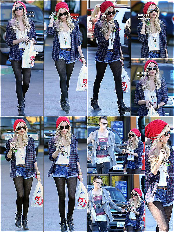 * 18/01/13 : Ashley et Christopher French arrivant et quittant chez Rite Aid à Studio City.Hilary, elle, s'est rendue à un rendez-vous d'affaires à Los Angeles. // J'adore leurs tenues à toutes les deux!*